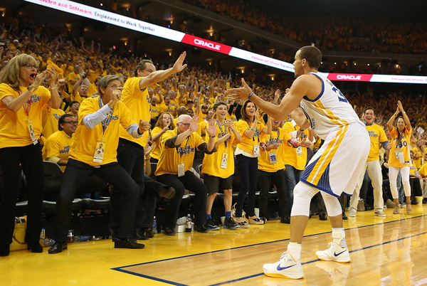 stephen-curry-fans